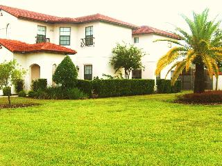 Treefield Villa - a magnificent place to stay! - Clermont vacation rentals