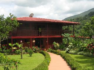 Gorgeous Arenal Volcano Bed And Breakfast - Province of Alajuela vacation rentals