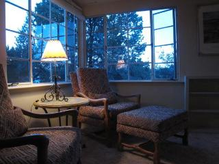 Casa Arbol...an architects 1950s vacation cottage - Silver City vacation rentals
