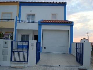 Baleal, Portugal Surfing Dreamers Townhouse - Peniche vacation rentals