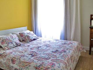 Perfect Location Madrid Apodaca 3 bedroom Groups - World vacation rentals