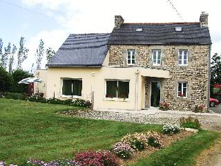 Holiday in Brittany, sea, beaches and farms - Bain-de-Bretagne vacation rentals