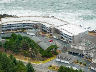 Depoe Bay Oregon Coast Vacation Rental Oceanfront! - Depoe Bay vacation rentals