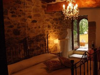 Charming Tuscan House in Sansepolcro, Italy - Sansepolcro vacation rentals