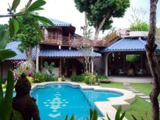 Villa DOME - Spacious 3 Bedroom SEMINYAK Villa - Kuta vacation rentals