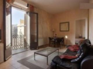 Gaudi 1: 2 twin bedrooms: Central - Barcelona vacation rentals
