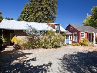 Still Light Pond Mini EsTATE - Sonoma County vacation rentals