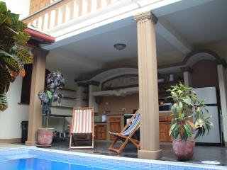 Casa Paloma - The best night's sleep in Granada! - Granada vacation rentals