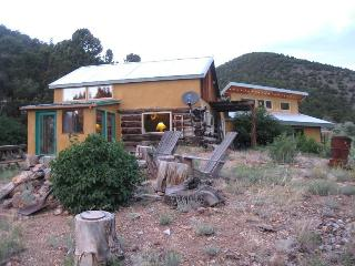 Peaceful quite Off the Grid Home on 70 Acres. ahh - Salida vacation rentals
