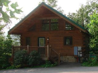 Front View - New Log Cabin, Mountain View, Hot Tub, Fireplace - Gatlinburg - rentals