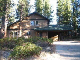 High Meadows Hideout- hiking trails galore! - South Lake Tahoe vacation rentals