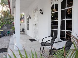 Villa Lima  colonial style 2 bedroom cottage, - Seminyak vacation rentals