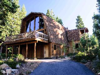 4BR Modern and cozy Tahoe Dollar Point Ski Retreat - Tahoe City vacation rentals