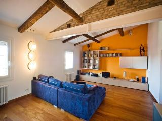 Rialto - Bright and Panoramic Penthouse - Venice vacation rentals