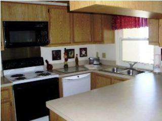 3 Bedroom/3 Bathroom Condo Perfect for Families - Redington Shores vacation rentals