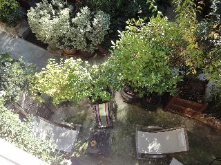 A private 3 bdr HOUSE in Paris with terrace - 12th Arrondissement Reuilly vacation rentals