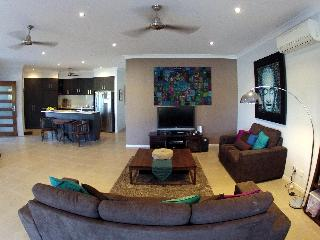Cairns where the rainforest meets the reef - Cairns vacation rentals