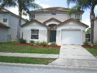 3 Bedroom home - private pool - gated -golf course - Haines City vacation rentals
