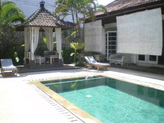 4, 3 or 2 bedrooms villa, great location seminyak - Seminyak vacation rentals