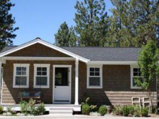 AWESOME LOCATION... new Shevlin cottage in NW Bend - Image 1 - Bend - rentals