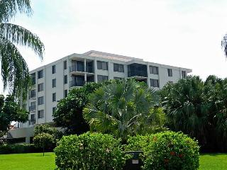 Waterview 4th Floor on Boca Ciega Bay ISLA DEL SOL - Saint Petersburg vacation rentals