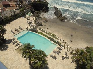 Amazing Ocean front Condo at Rosarito Beach - Rosarito Beach vacation rentals