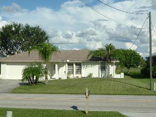 Rotonda West ~ 2 Bedroom Pool Home on Golf Course - Rotonda West vacation rentals