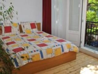 Cozy apartment and full balcony- NL-AM 085 - Amsterdam vacation rentals