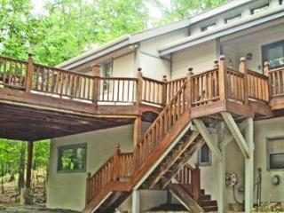Very Nice 3 Bed, 3.5 Bath Beech Mtn. Home - Beech Mountain vacation rentals