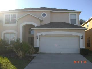 6 bed/5.5 bath Luxury Home in Kissimmee Ref: 36050 - Kissimmee vacation rentals