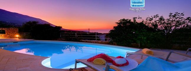 2 Bedroom Deluxe Villa Petalida - Trapezaki vacation rentals