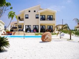 Luxury three bedroom villa Pelagia heated pool - Kouklia vacation rentals