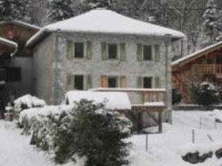 L'Ancienne Ecole, 4 Bedroom Chalet, Sleeps 8 - Sixt-Fer-a-Cheval vacation rentals