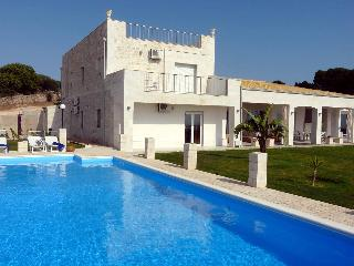 luxury country villa private pool tennis and park - Santa Croce Camerina vacation rentals