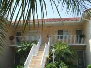 3 Bed / 2 Bath /1500 sq ft., on golf course - Naples vacation rentals