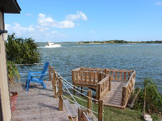 Water front short term rentals on the Lagoon - Oak Hill vacation rentals
