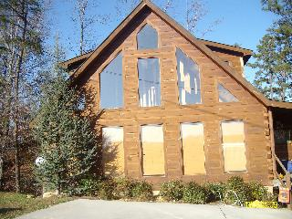 THREE BEARS cabin near Gatlinburg  Pigeon Forge TN - Sevierville vacation rentals