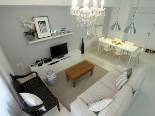 Dim Sum Paradise Theme - 1 Bedroom Apartment - Singapore vacation rentals