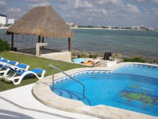 MAYA - KOKO6 Spacious oceanfront villa with relaxing atmosphere. - Akumal vacation rentals