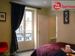 Situated along the Rue De Levis Marche - Paris vacation rentals