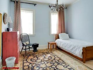 1017: 2 BR Forsyth Carriage House - Savannah vacation rentals