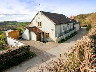 THE OLD CHAPEL, 19th century, semi-detached cottage, woodburning stove, private hot tub, in Church Stretton, Ref 30035 - Snailbeach vacation rentals