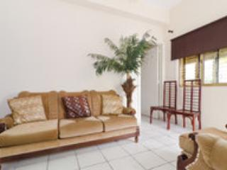 PRIVATE GROUND FLOOR  LOW COST TWO BEDROOM FLAT WITH GARDEN AND DRIVEWAY. - Larnaca vacation rentals