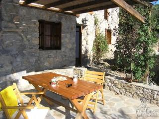 Emilios House - World vacation rentals