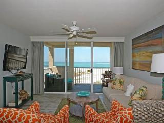 2 Bedroom / 2 Bath, Sleeps 6, Gulf, Pass, Harbor Views - Destin vacation rentals
