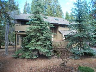 8 Free & Unlimited SHARC Passes, Pet Friendly, Ping Pong - Sunriver vacation rentals