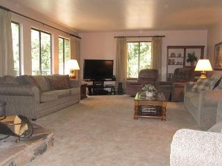 Blue Lake Springs Home with room and privacy! - Arnold vacation rentals
