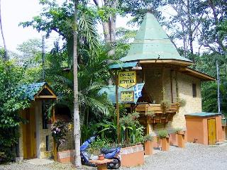 Castillo de la Riviera: 4 Apartments with Tranquil Rainforest Setting - Manuel Antonio vacation rentals