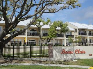Beautiful 2-Br / 2-1/2 Ba Townhome Overlooking The Beach in Long Beach, MS - Long Beach vacation rentals