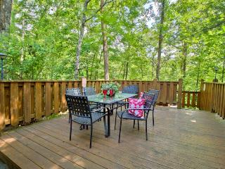 HONEYSUCKLE ROSE - Sevierville vacation rentals